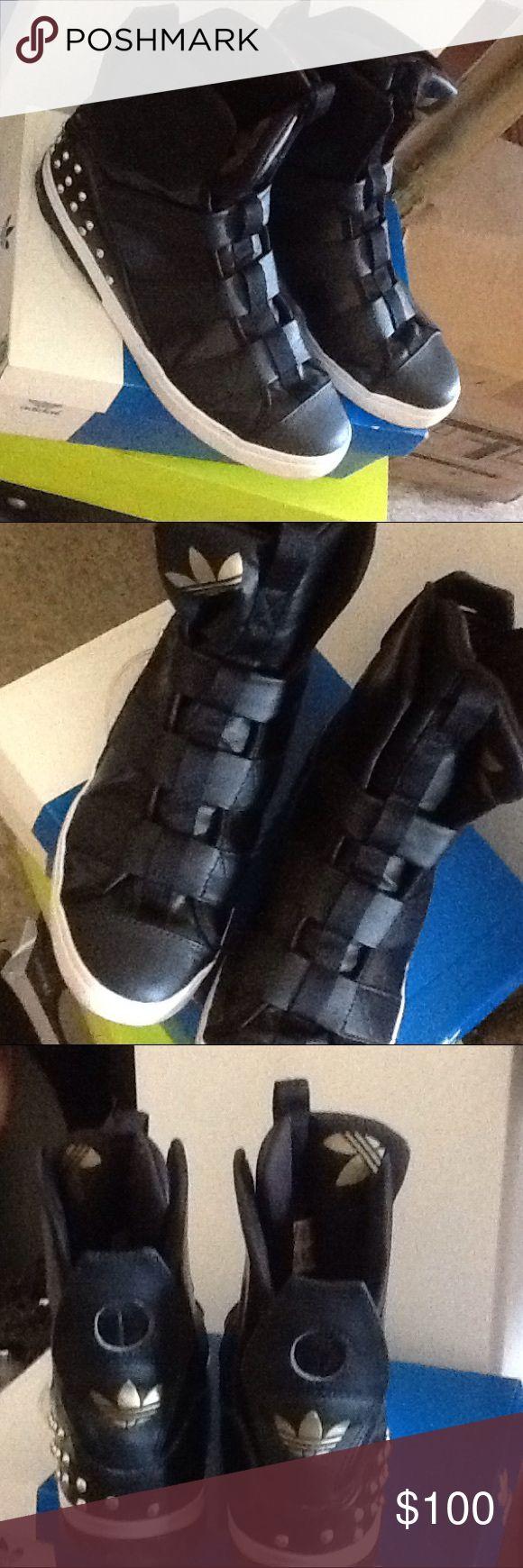ADIDAS SUPERSTAR rare sneakers Super rare adidas sneakers, black/gold Adidas Shoes Athletic Shoes