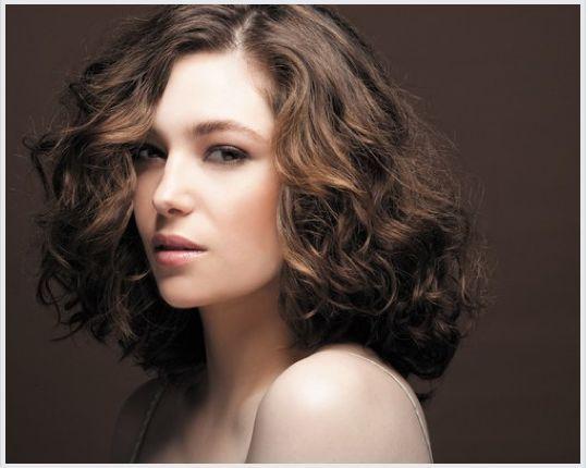 Favori Plus de 25 idées tendance dans la catégorie Permanente cheveux mi  NC91
