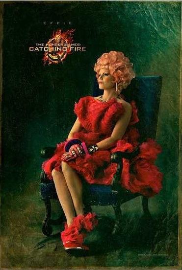 Effie Trinket's Capitol Portrait!!