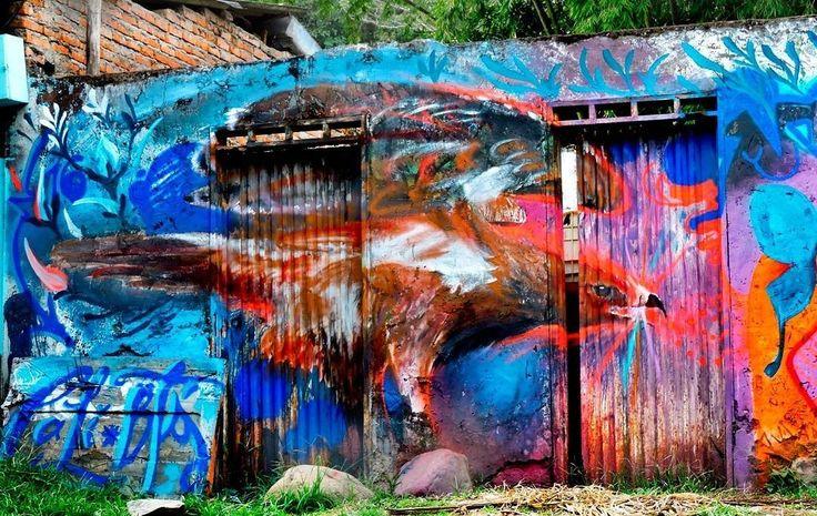 regram @tschelovek_graffiti @jornicas в окрестностях Кали (Колумбия). #jorgeniño #jornicas #graffiticali #streetartcali #calistreetart #graffiticolombia #colombiastreetart #streetartcolombia #граффити_tschelovek #streetart #urbanart #graffiti #mural #стритарт #граффити #wallart #graffitiart #art #paint #painting #artederua #arteurbana #wall #graffiticulture #graffitiwall #streetart_daily #streetarteverywhere