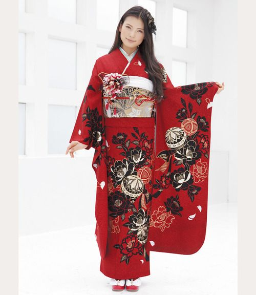 """asian-costumes:  Japanese kimono (furisode)   """