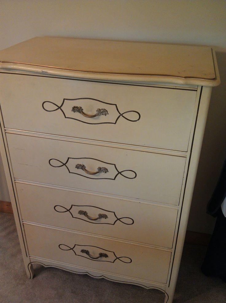 All Four Love: Dresser Revamp