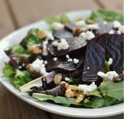BEET AND GOAT CHEESE SALAD