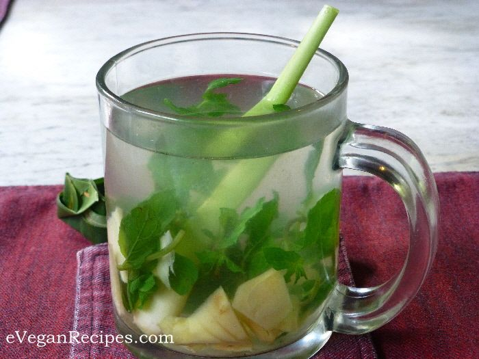 Easy Vegan - Fresh herb tea #freshherbtea #detoxtea #gingertea #easyvegan