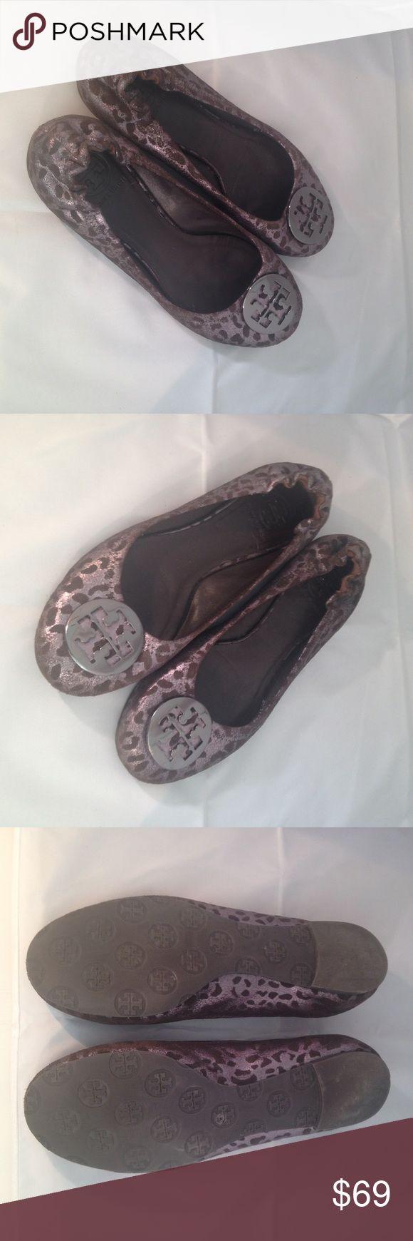 Tory Burch Metallic Ballet Flats Tory Burch Metallic Ballet Flats with pattern Tory Burch Shoes Flats & Loafers