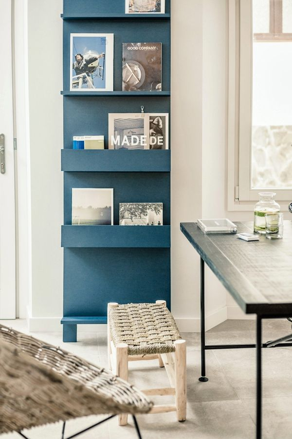 Magazine bookcaseDecor, Magazines Bookcases, Ideas, Interiors Design, Tramuntana Hotels, Magazines Racks, Holders Blue, Intsight, Design Chaser