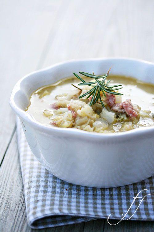 Zuppa di verza, castagne e salsiccia.... / Soup of cabbage, chestnuts and sausage ....