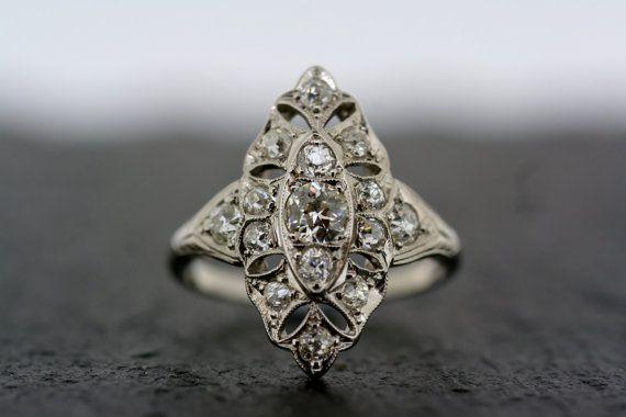 Antique Art Deco Ring - Vintage Diamond Art Deco 18ct White Gold & Platinum Ring