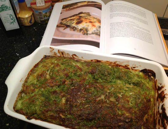 Recept vegetarische paddenstoelenlasagne met basilicum en room #vegetarisch #lasagne #Nigel_Slater