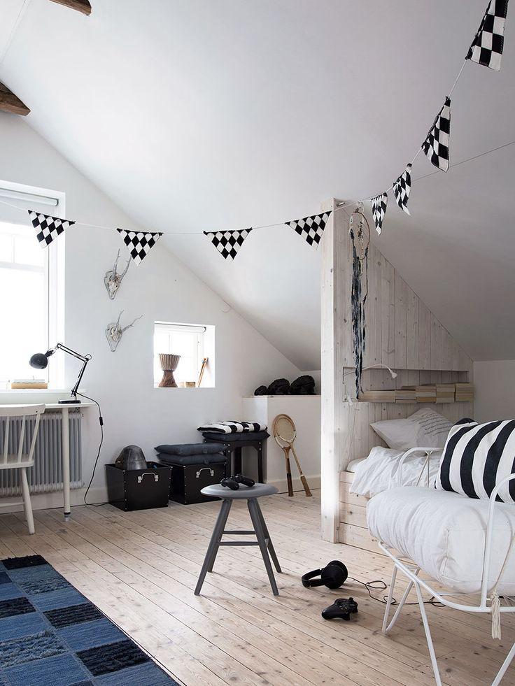 Daniella Wittes hem genomgår ständigt förändringar, men framför allt är det en plats för avkoppling. Nu när de stora rivningarna och renoveringarna är klara får familjen vila och...