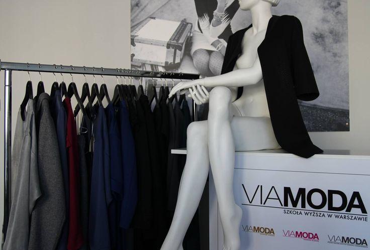 Kolekcja Oli Zgubińskiej jedzie do Lozanny. Studenci Viamoda dzięki swojej Uczelni mają szansę na sprzedawanie swoich autorskich kolekcji w butiku, w samym centrum Lozanny, w Szwajcarii.