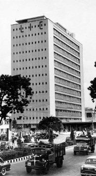 Chennai was a regular vacation destination for me, as a kid. LIC was a prominent building on Mount Road those days.