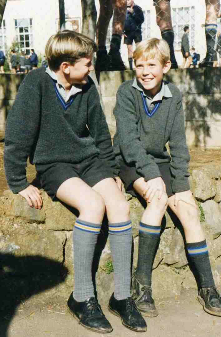 One of the most destinctive aspects of New Zealand schools are the uniforms. Americans will find it curious that for the most part that primary children do no wear uniforms, but almost all secondary schools require them. This was common in Britain during the early 20th century when school uniform trends were established in New Zealand. It is just the opposite of trends in America where many primary school children wear uniforms, but uniforms are much less common in secondary schools.