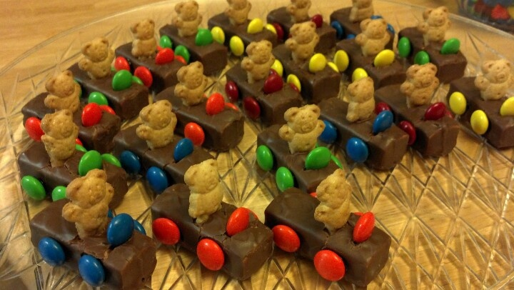 Teddy Gram Race Car Drivers Desserts Pinterest Cars