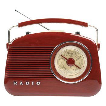 Radio AM/FM de diseño retro color marrón - HAV-TR700BR  Radio de diseño retro en color marrón. Tiene una rueda para sintonizar las emisoras con las frecuencias de grandes ciudades marcadas sobre ella. Puede elegir entre el modo AM o FM. Incorpora botones para el control de volumen y de tono. El botón de control de tono le permite ajustar la nitidez del sonido.