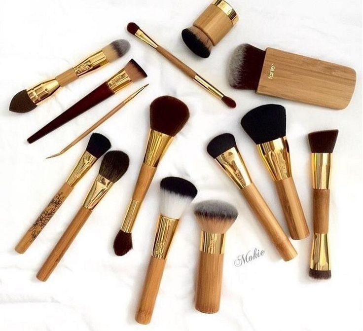 Good brushes are the foundation of beautiful makeup.