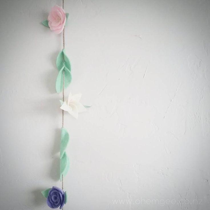 ▪||▪ OH MY ▪||▪ ▪ ▪ ▪ #felt #handmade #madeinnz #newzealand #nnzbg #decor #feltflower #flowers #networknz #nnzmo #tauranga #garland #decor #kidsdecor #kidsinteriors #kidsroom #girlsroom #bespoke #pastel #nzflorist