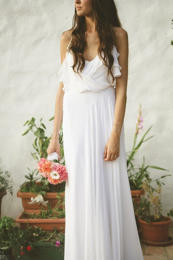 Espectacular Núria con su vestido de novia de Jenny Packham {Foto, Raquel Benito} #weddingdresses #bride #spain