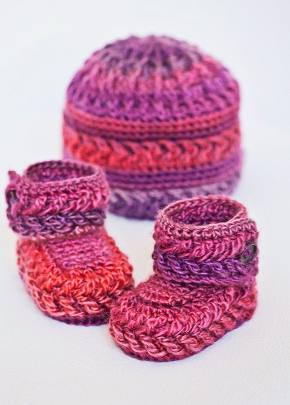 85b63d663c8 Baby Booties Crochet PATTERN - Chevron Booties and Hat | Products ...