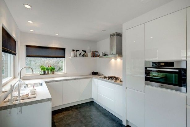 Hoogglans Keuken Ikea : keuken zwart wit rtl wonen keuken ikea microwave oven hoogglans keuken