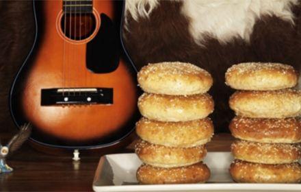 Baka Amerikanska Hamburgerbröd med graham efter recept från KronJäst
