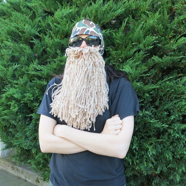 How to Make a Duck Dynasty Costume. How funny and simple is this to pull off!
