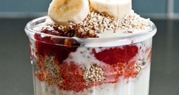 Parfait de fresas, quinoa y banana | Recetas para adelgazar