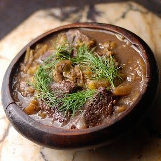 medieval beef stew (for me: need to sub the beef for something vegetarian-friendly...).