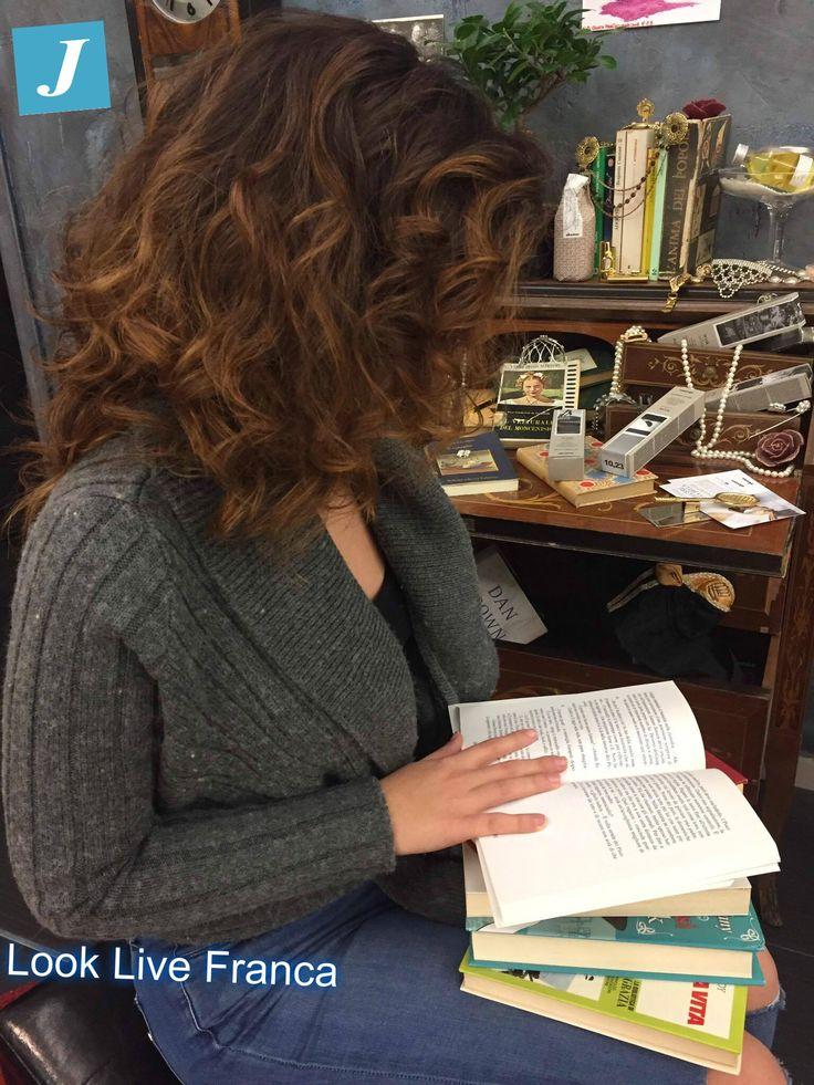 #degradè #davines #leggeretifabella #lookliveparrucchierifranca #centrodegradèjoelle #riflessi #libri #leggere #ragusa