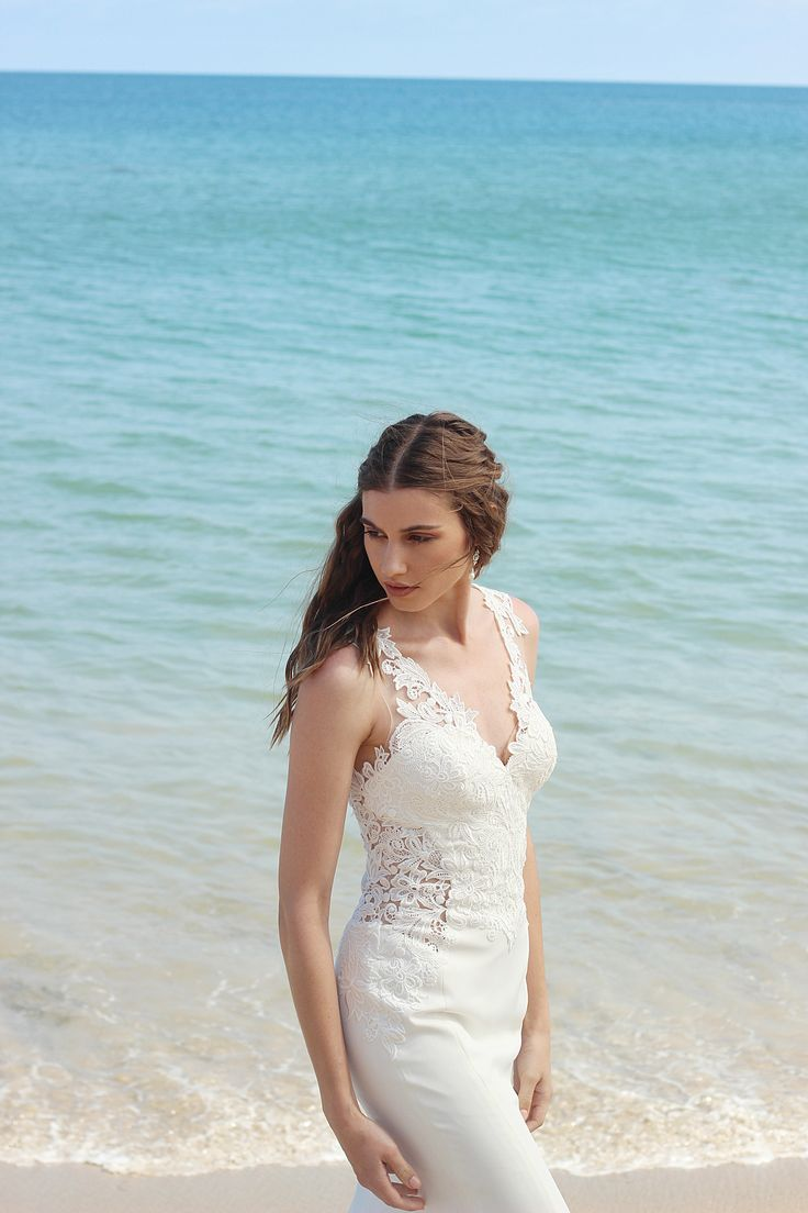 14 best Flossy & Willow images on Pinterest | Short wedding gowns ...
