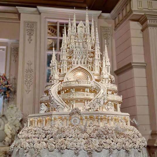 A true princess wedding cake