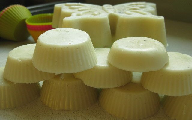 Moisturizing body bar recipe 1 part bees wax 1 part coconut oil 1 part shea butter a couple of drops of your favorite essential oil