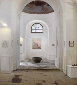Looking for Shelter, oil painting, 150 x 125 cm, 2002; Exhibition at the gallery in St. Mark's Chapel Gallery, Soběslav, 2008