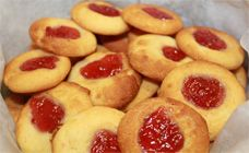 Easy Jam Drops - Biscuits and cookies