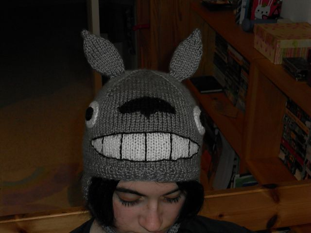 Knitting Pattern For Totoro Hat : 76 best Geek-Knit Miyazaki images on Pinterest Totoro, Studio ghibli and Cr...