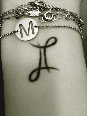 50 Schöne Zwillinge Tattoos Designs und Ideen mit Bedeutungen, Gemini Tattoos : Gemini ist das dritte Sternzeichen, das aus der Gemini-Konstellation …