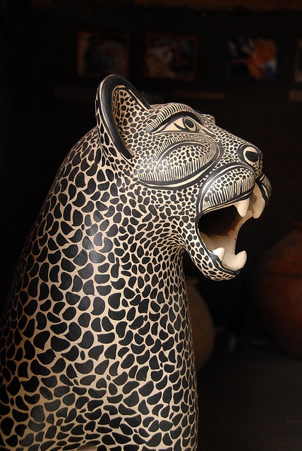 Clay statue of a tigre or jaguar. Madezeltal Maya community of Amatenango del Valle, Chiapas, Mexico. Photo by Karen Elwell