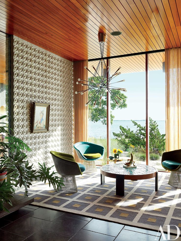 jonathan adler and simon doonans a frame cabin on shelter island simon willliving room