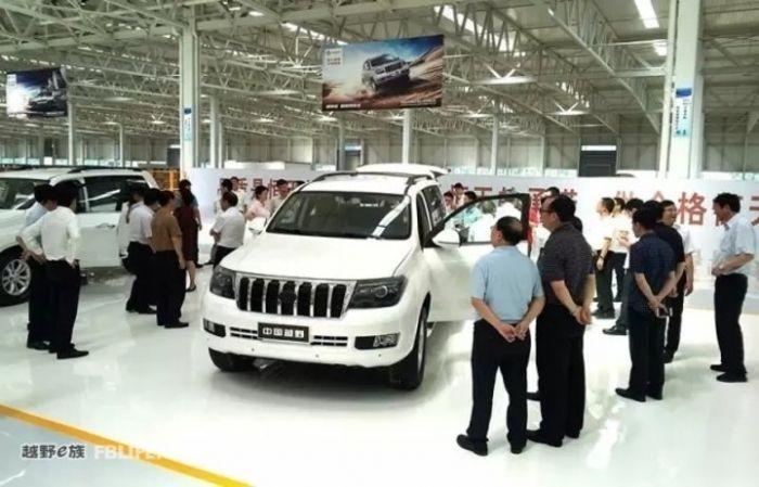 Китайские умельцы создали клон Toyota Land Cruiser 200