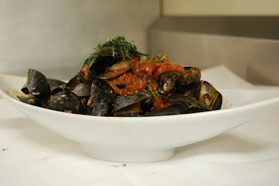 Mussels In Chorizo And Tomato Broth Recipe — Dishmaps