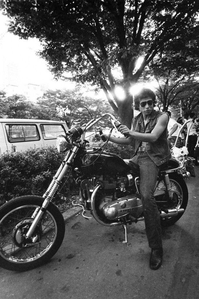 1974年レオン前にて 舘ひろし Hiroshi Tachi #harajuku