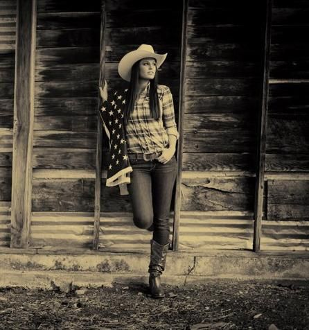 Senior picture ideas for cowgirls