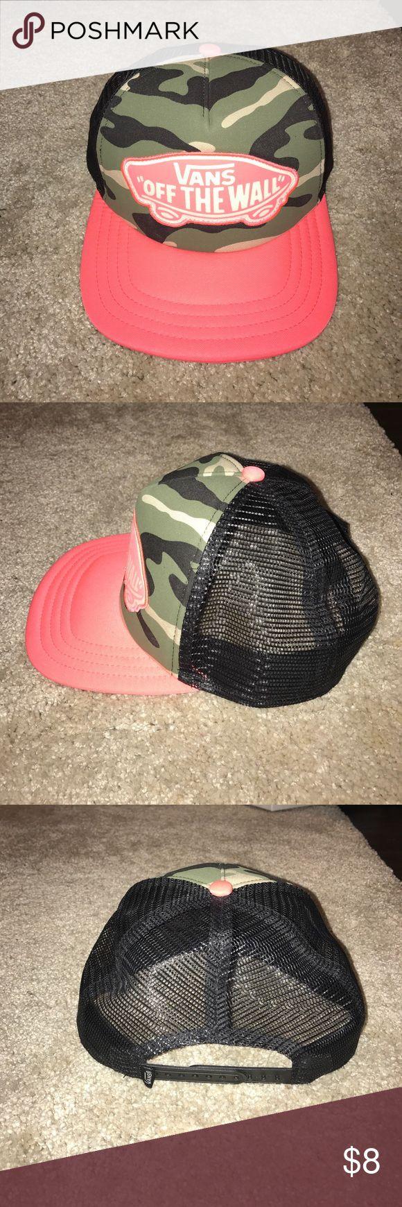 Women's Vans flat bill hat, camo and hot pink Women's Vans flat bill hat, camo and hot pink. Excellent condition. Pet/smoke free home Vans Accessories Hats
