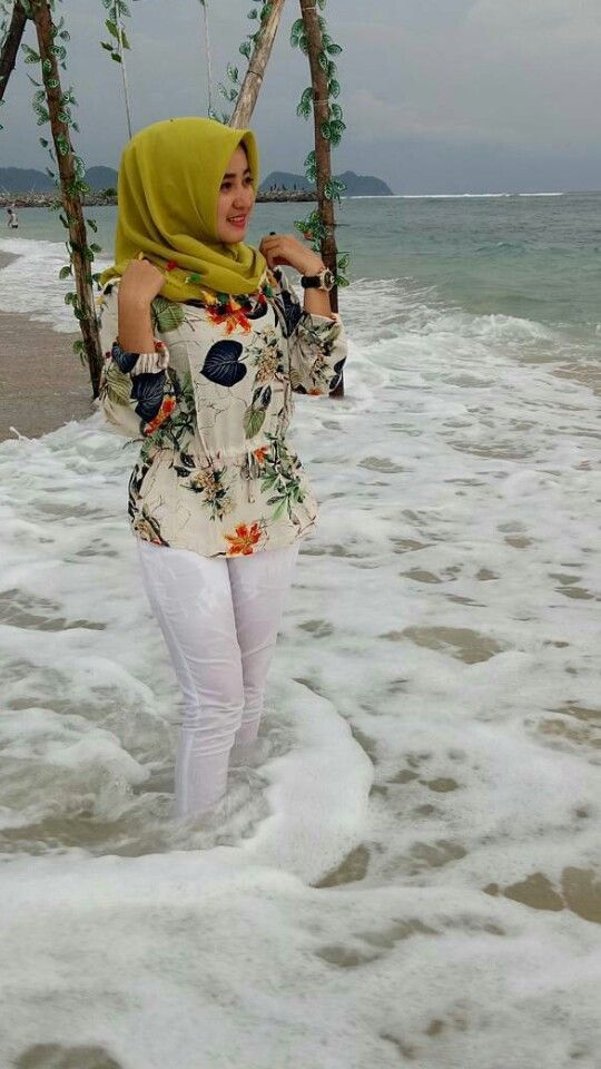 #hijab #jilbab #tudung #hijabsexy #awek
