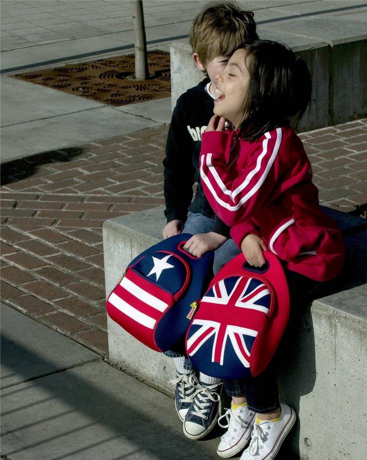 Dabbawalla Lunch Bags. Encuentralas en: www.qipi.co #lunchbag #DabbawallaBags #backtoschool #fashionkids