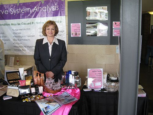 How to Sell Mary Kay Cosmetics! If you are interested in becoming a team member let me know!