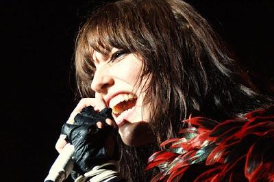 Lzzy Hale Wanita Terseksi di Jagad Musik Rock dan Metal!