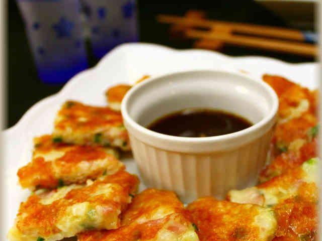 長いもとベーコンのチーズチヂミ の画像