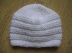 Bonnet pour bébés prématurés (aig n° 3) : le bonnet doit faire 12 cm de hauteur totale terminée pour 27 cm de circonférence environ.- clo's bricolage