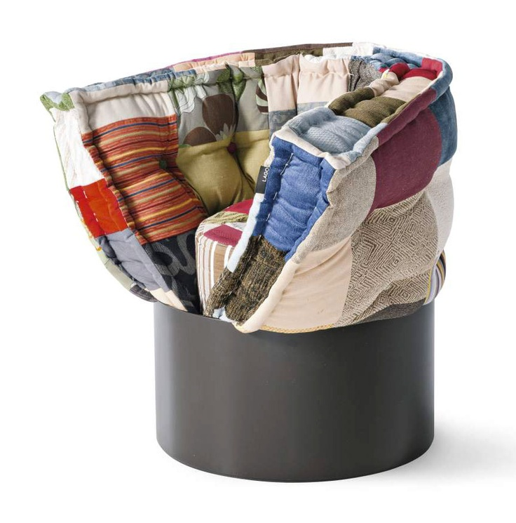 Huggy armchair, design by Brit Leissler;  workshop 2007